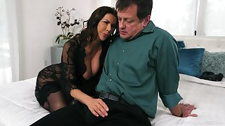 Wondrous buxom tanned sunless Alexis Fawx gives BJ approximately the fatigued possible way