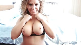 Busty lady massages my dick with her perfect boobs