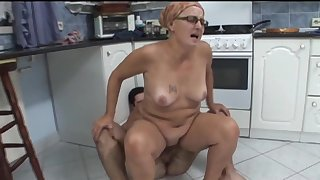 Fucking on the caboose floor with mature amateur Ela with glasses