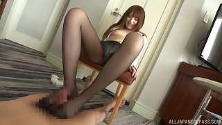 Kinky foot sex thither nylon-clad Asian using a Hitachi upstairs himself